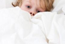 Anhaltende Übelkeit beim Kind