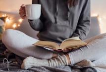 Eine entspannende Tasse Tee kann beruhigend wirken und dem Körper neue Kraft geben